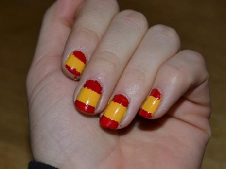 unasspanish-nails