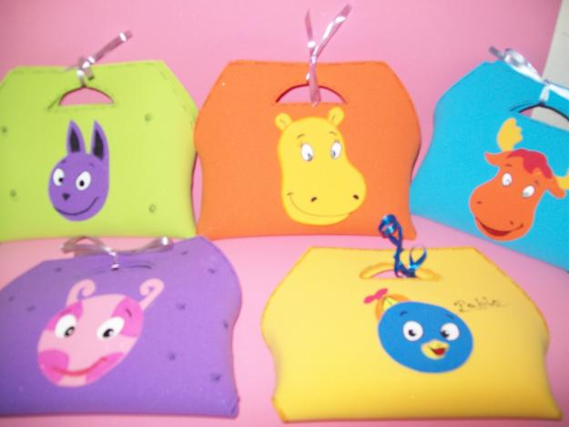 1329932869_42020387_3-Souvenirs-infantiles-Articulos-para-Ninos-y-Bebes