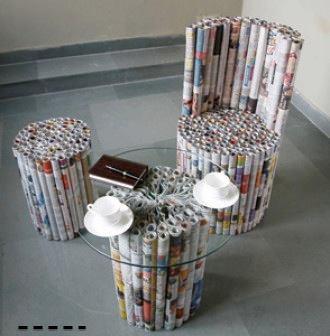 ideas para moviliario ecologico, silla taburete y mesa realizados con revistas viejas
