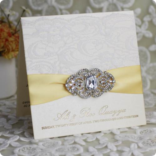 ultimas-lace-laser-cut-invitaciones-de-boda-elegante-2014-barato-recuerdos-de-la-boda