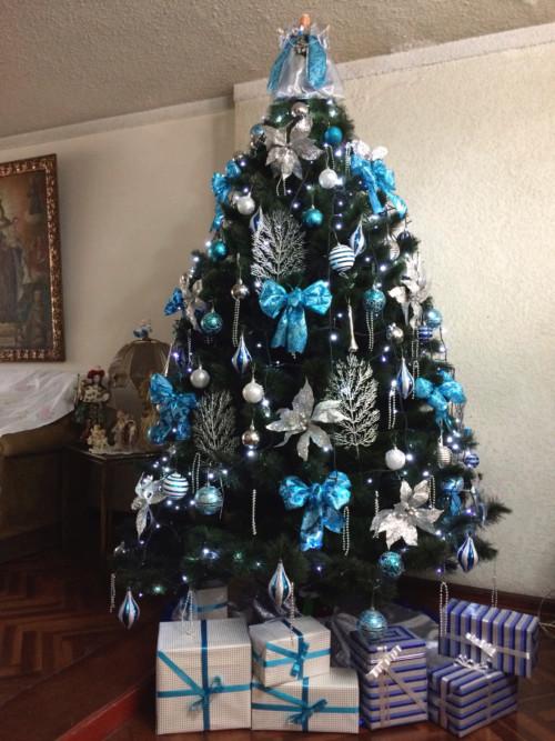 Ideas de decoraci n para navidad 2017 ideas im genes - Como decorar un arbol de navidad azul ...