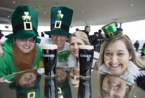 Guiness_beer-Dia_de_San_Patricio-Irlanda_MILIMA20140317_0187_3