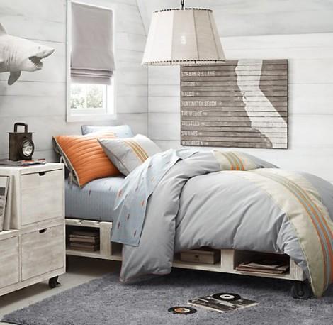 Ideas originales para hacer muebles de dormitorio con for Ideas para hacer muebles con palets