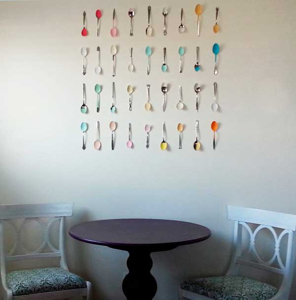 decorar-pared-cucharas-antiguas