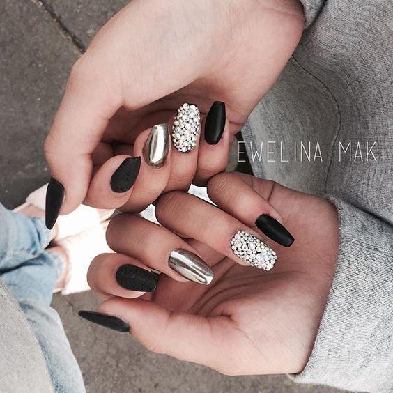 Ideas de uñas espejadas ¿Cómo hacer este Nail art?