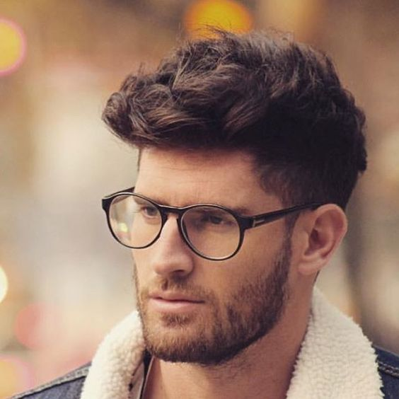 corte de cabello muy original para hombres que les gusta el pelo largo y con forma - Cortes De Pelo Originales