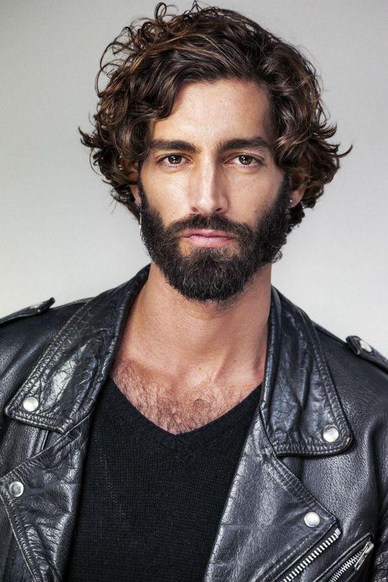 Cortes de pelo para hombres jovenes largo