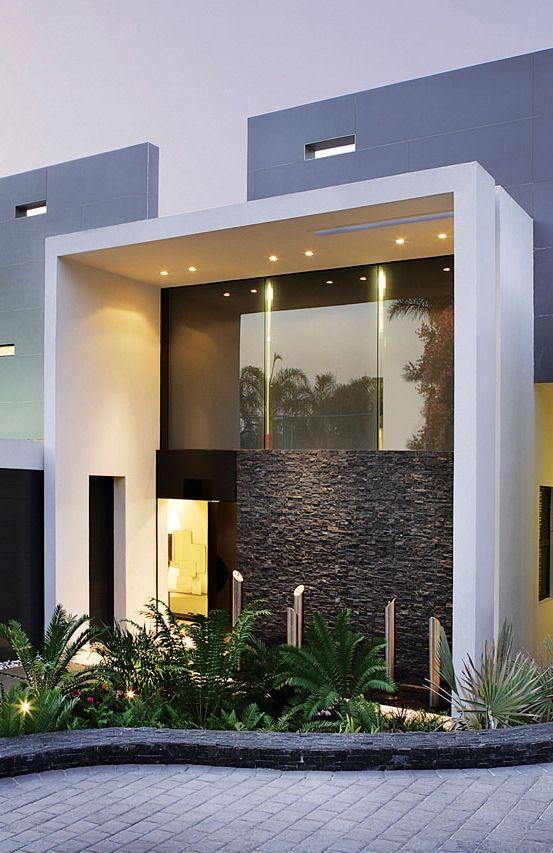 Fachadas de casas im genes ideas y dise os modernos for Casa moderna ma calda