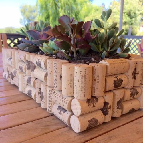 Macetas recicladas decoraci n ideas y dise os - Decorar letras de corcho blanco ...