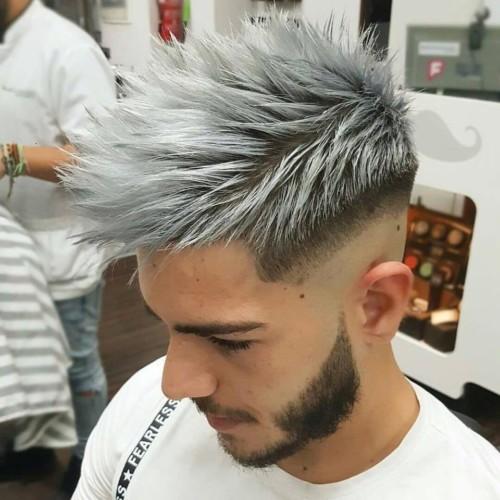 Corte de cabello estilo punk hombre
